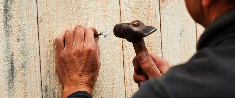 Know the signs that you need an effective wood fence repair